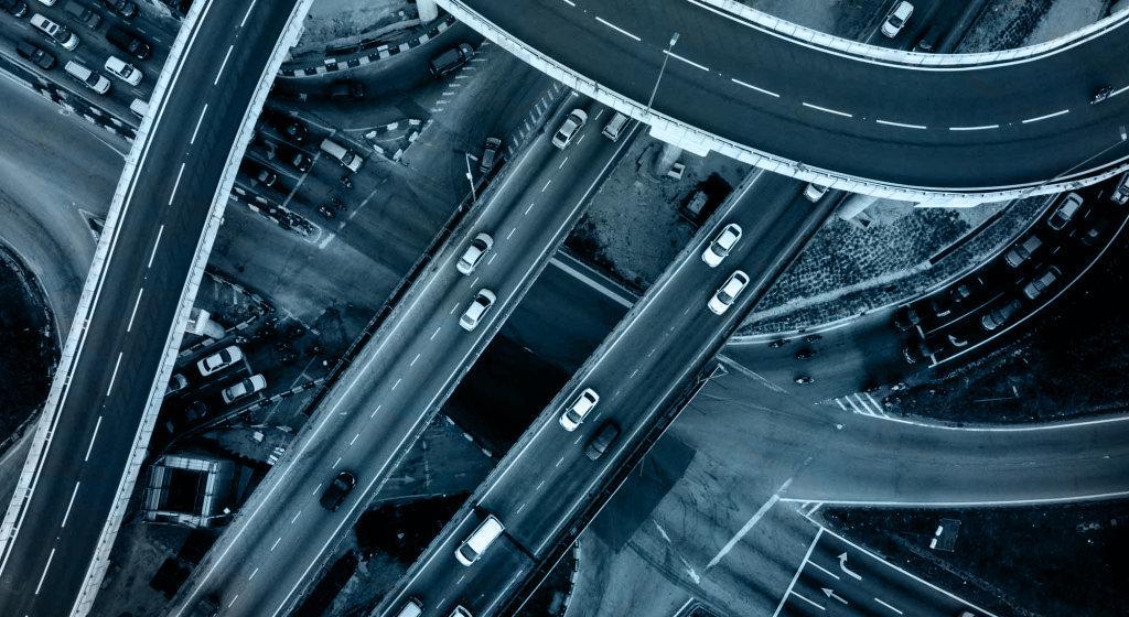 نظارت بر ترافیک با سیستم امنیتی و دوربین مداربسته پلکو